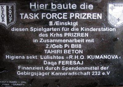Gedenktafel im Kosvo